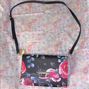 🆕Betsey Johnson Floral Crossbody Purse